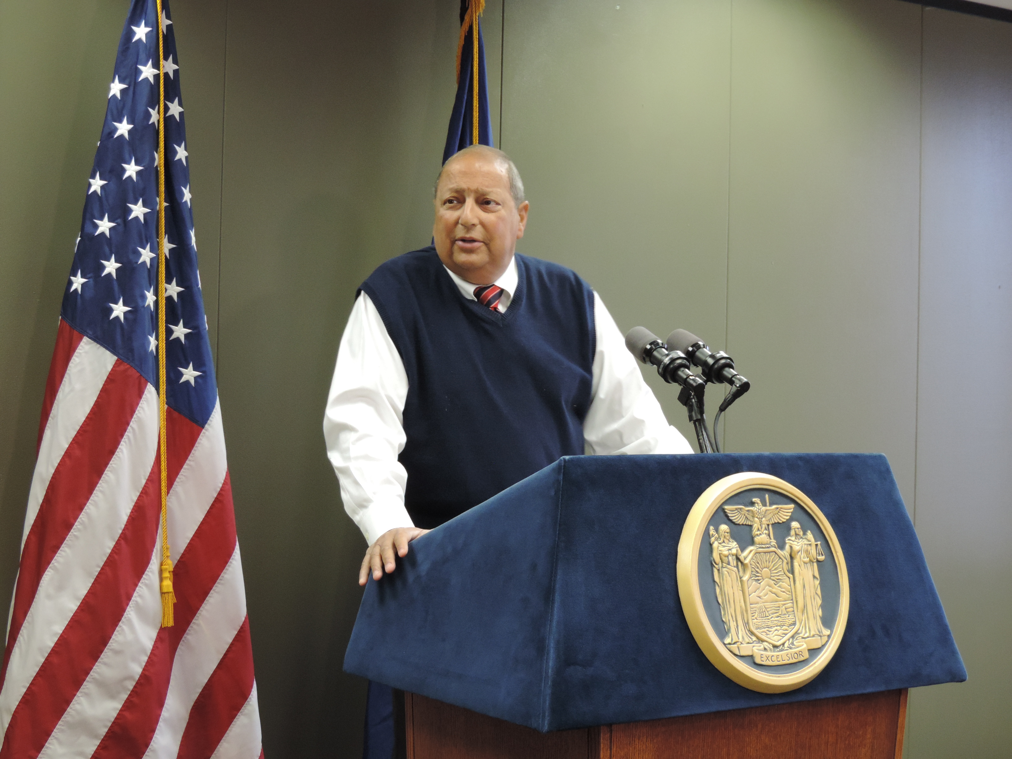 Senator Tom Libous appeals to Gaming Commission to give the 'real Southern Tier' a gaming license