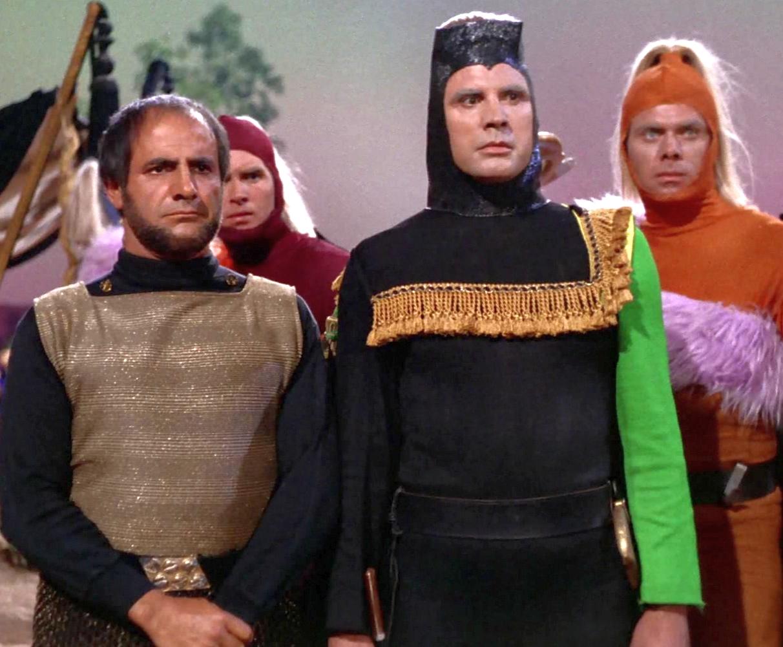 Michael Dante Beams in to Star Trek Convention