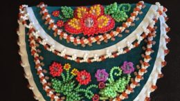 Folk Art workshop, 'Tuscarora Beaded Coin Purse' offered on August 4