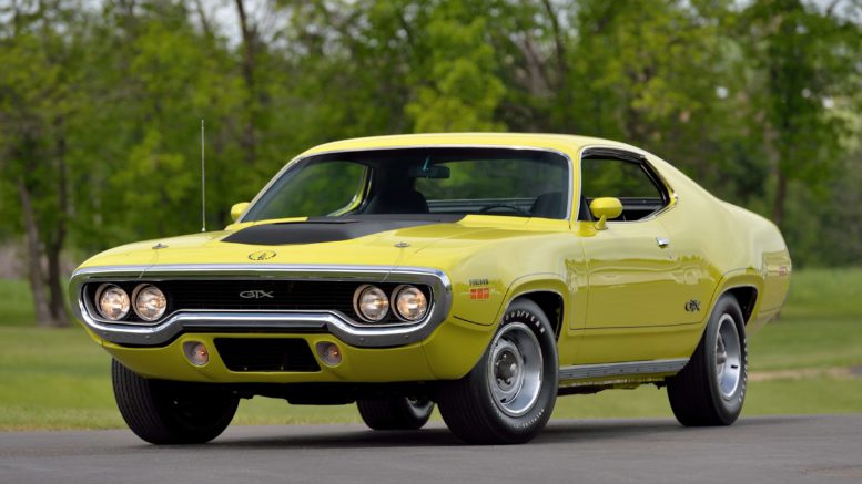 Collector Car Corner - Surprise: 1971 Plymouth Hemi GTX goes for $253K and outsells 1,000 other vehicles at Mecum Auction