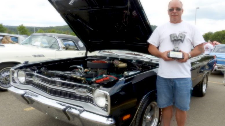 Cars and more cruise into Tioga Downs for annual show