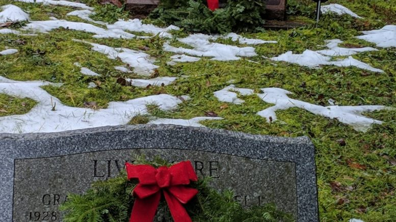 Wreaths placed at Highland Cemetery in Richford