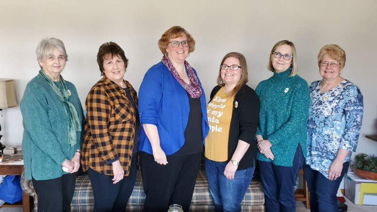 P.E.O. Chapter elects new officers
