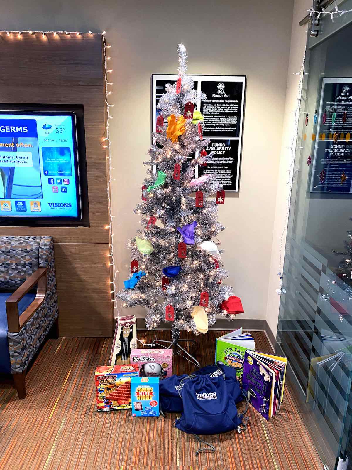 Visions Federal Credit Union's Binghamton East Branch gives back to community with Giving Tree